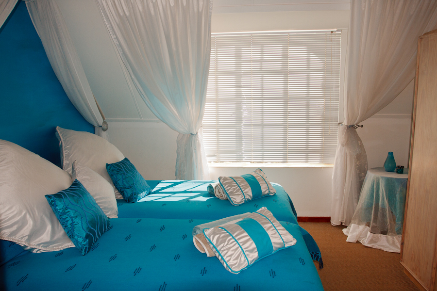 Twim bedroom in Alberry Upstairs