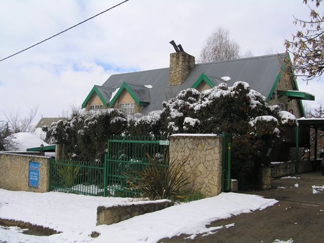 Snowy Alberry Cottages